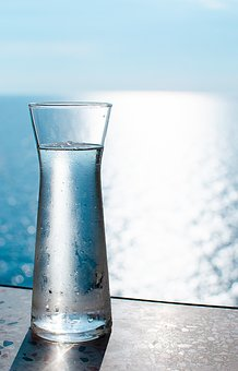 Acqua ad ognuno la sua. Salute e benessere in poche mosse quotidiane